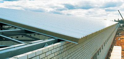 крыша дома из СИП-панелей