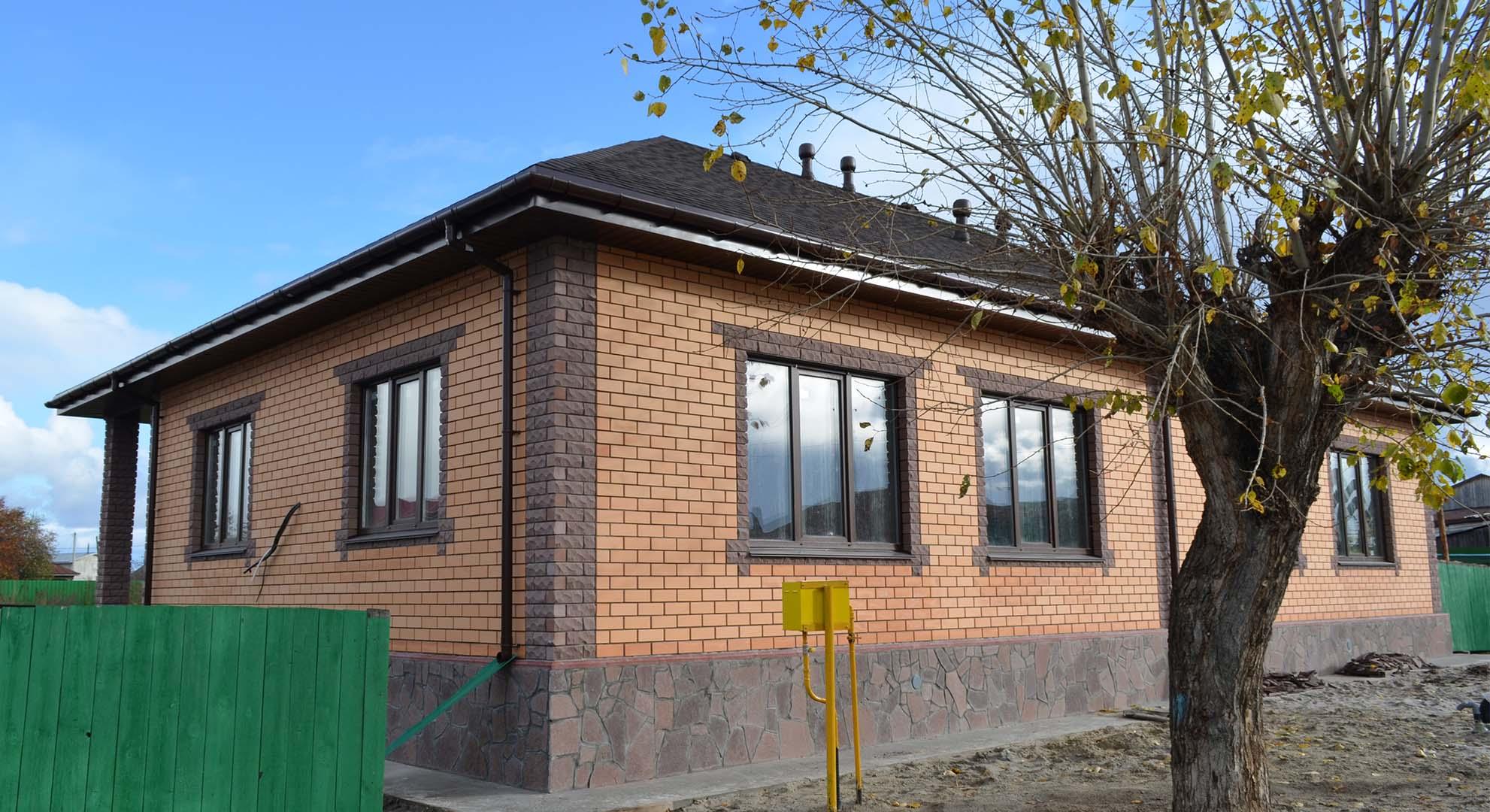 """Дом на две семьи по проекту """"Любимые соседи"""" от компании Веванта"""