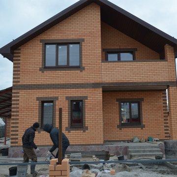 Строительство дома по проекту Сирень подходит к концу